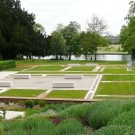 Guided sensory walks in Caversham Court Gardens